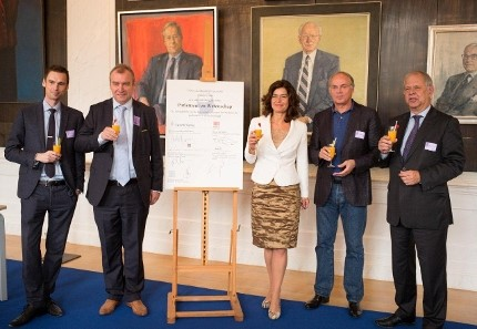 Op 1 oktober 2014 ondertekenden vijf voorzitters in de Rooksalon het Convenant Parlement & Wetenschap